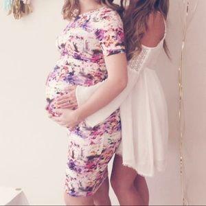 Floral Bodycon Maternity Dress - pea in the pod